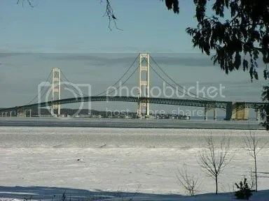 mackinac island ice bridge photo: Mackinac Bridge during the winter bridge1225.jpg