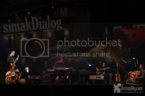 simakdialog, the 6th story, jazzuality