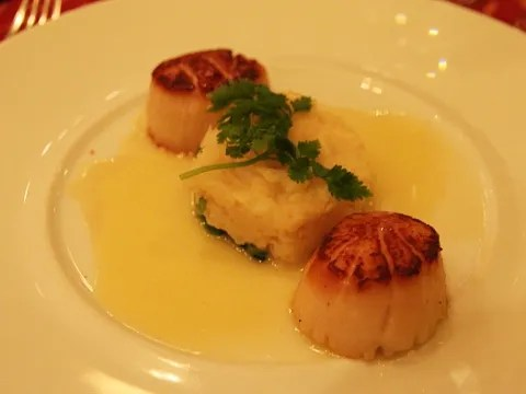 Scallops at Meritage Restaurant Boston