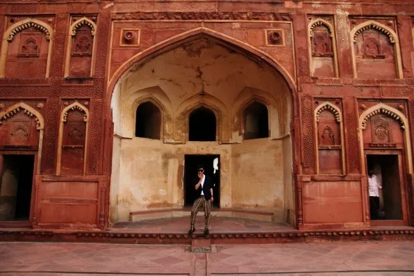 Bryanboy at the entrance of Agra Fort
