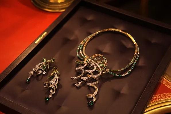 Boucheron Louise necklace