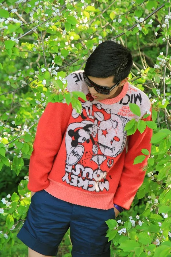 Bryanboy in fall winter 2011 D&G Dolce & Gabbana mickey mouse sweater