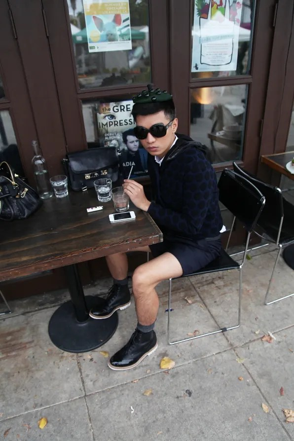 Bryanboy sipping a smoothie at Cru Cafe