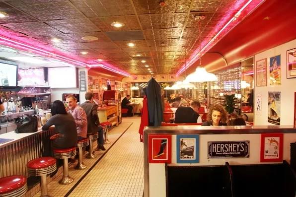 Inside Starlite Diner, Moscow