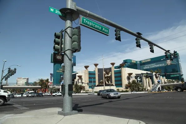 West Tropicana Avenue, Las Vegas