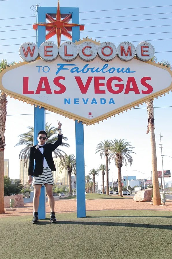 Bryanboy standing in front of the Welcome to Fabulous Las Vegas sign