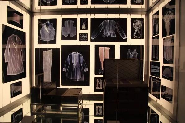 Modern Louis Vuitton trunk and installation