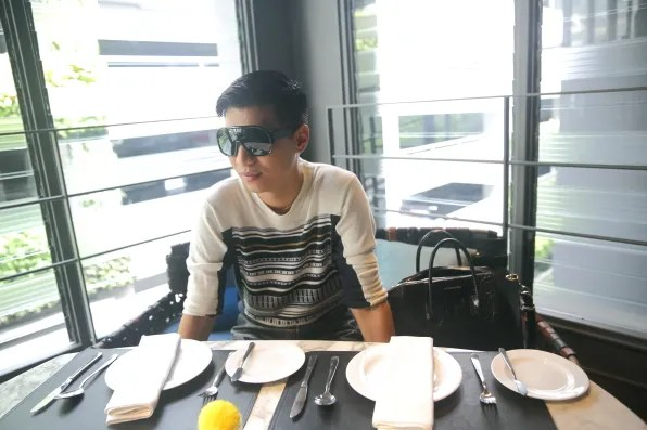 Bryanboy at Greyhound Cafe, Siam Center