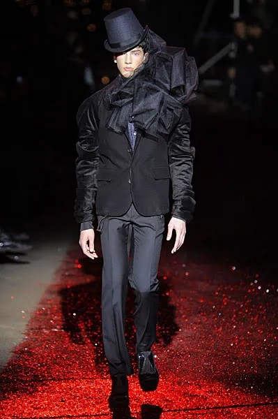 John Galliano homme automne hiver 2009 2010