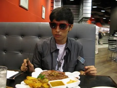 Bryanboy eating rib eye steak at Terry's Bistro, Podium mall