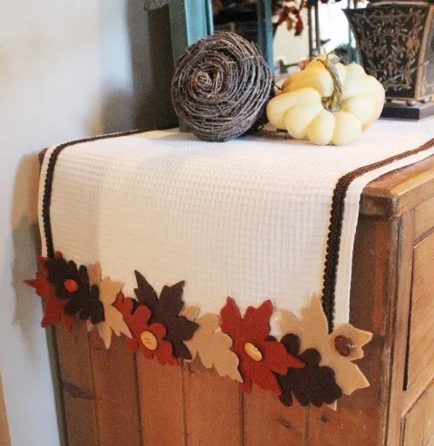 No-Sew Fall Leaf Runner at The Everyday Home