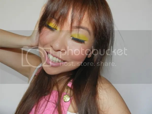 Super Bass Makeup
