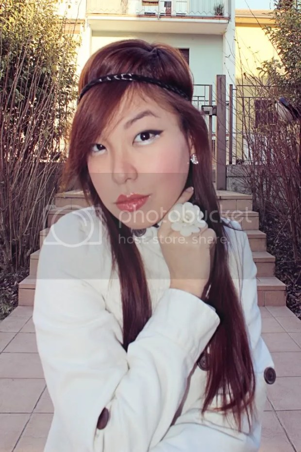 Fashionista Fashion Beauty Blogger Angela Ricardo koreandoll