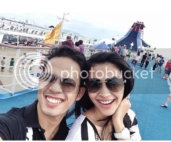 gambar fouziah gous honeymooon