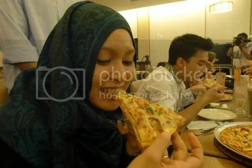 chunky loaded pizza hut