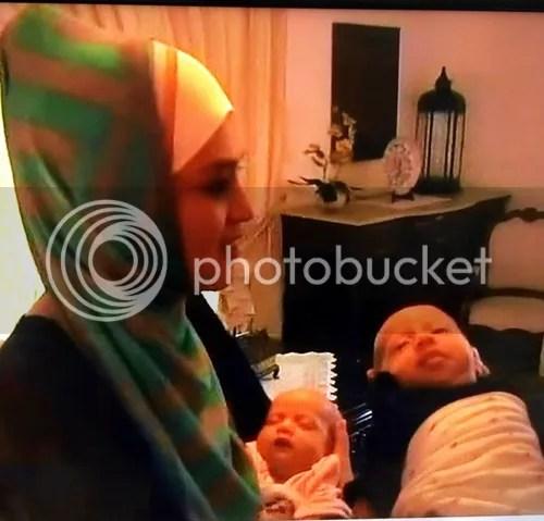 Foto Comel Wajah Si Kembar Anak Nurul Syuhada Nurul Ain
