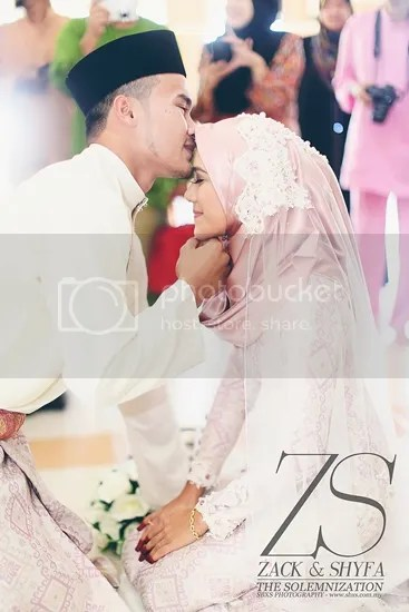 gambar kahwin wan zack haikal