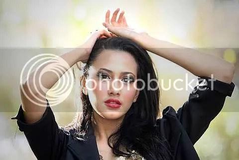 165 responses to (GAMBAR)Nur Fathia, Pelakon Baru Yang Akan Menyerlah