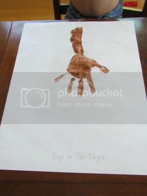 make a tree from handprints