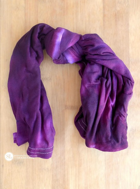 Center Knot Tie Dye Technique