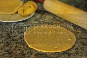 Rolling parathas
