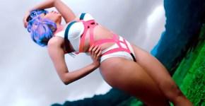 Nicki-Minaj-Swimsuit