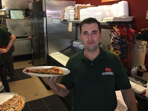 enzos-flowermound-tx-parkersquare-newyork-pizza-italianfood-restaurant-foodiefriday-jaymarks-jaymarksrealestate-3