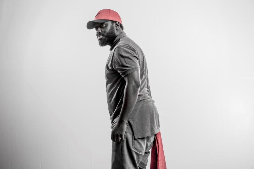 Stéphane K, casquette rouge, un tiers de vie