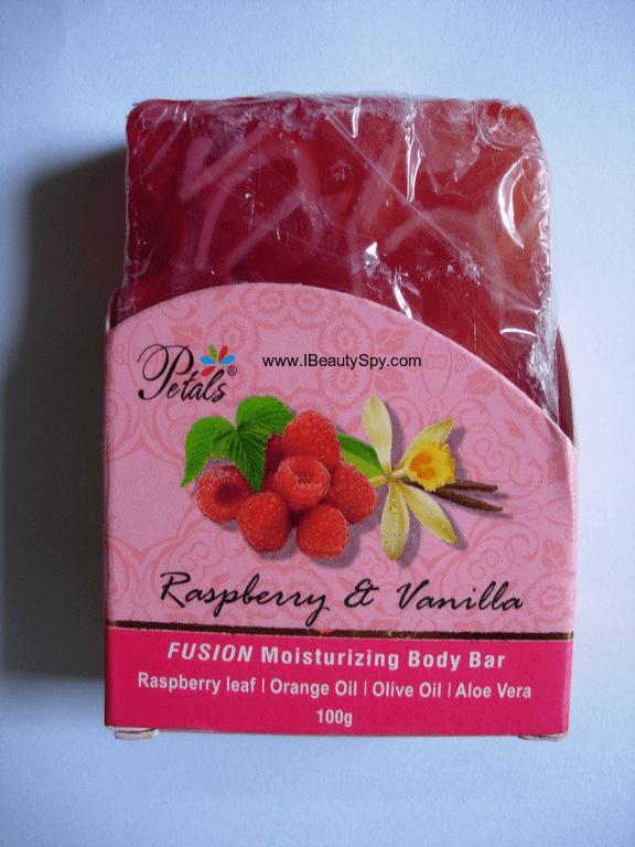 petals_raspberry_vanilla_soap