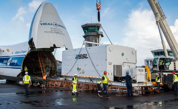 Brisat telecommunications satellite arrives to Kourou