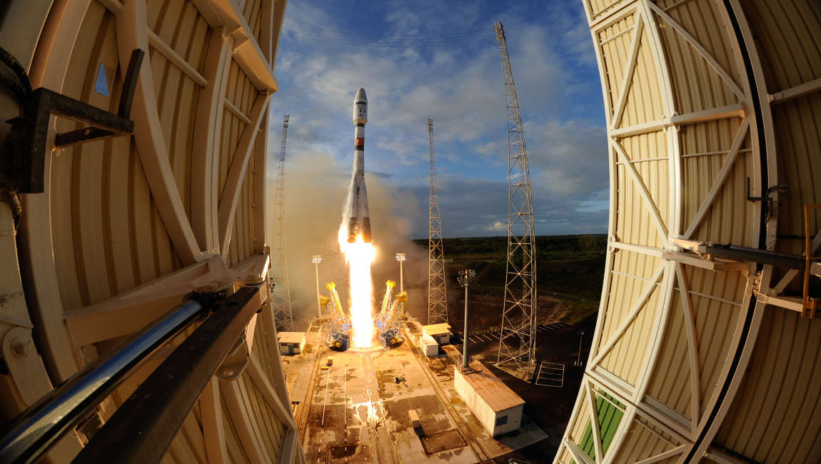 European Soyuz lifts off Sentinel 1B Saltellite