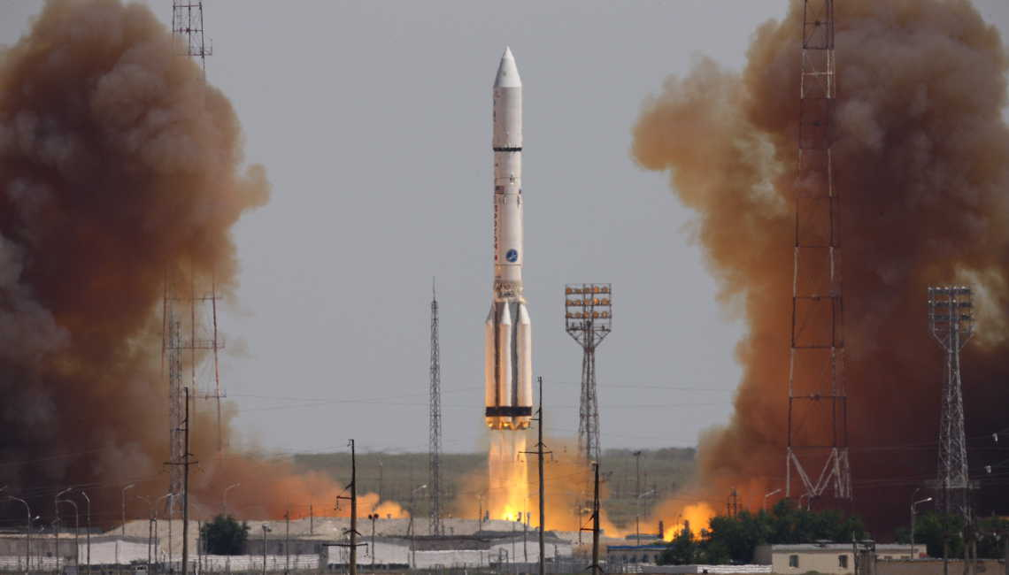 Intelsat 31 launch on board a Proton