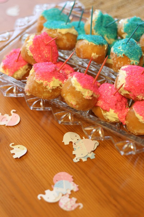 blue and pink donuts