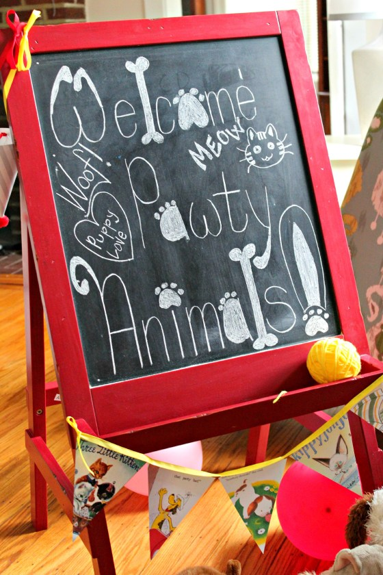 puppy-party-welcome-sign
