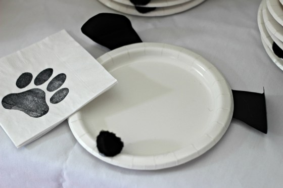 puppy-plates-and-napkins