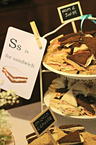 tea-sandwiches-mini-chalkboards