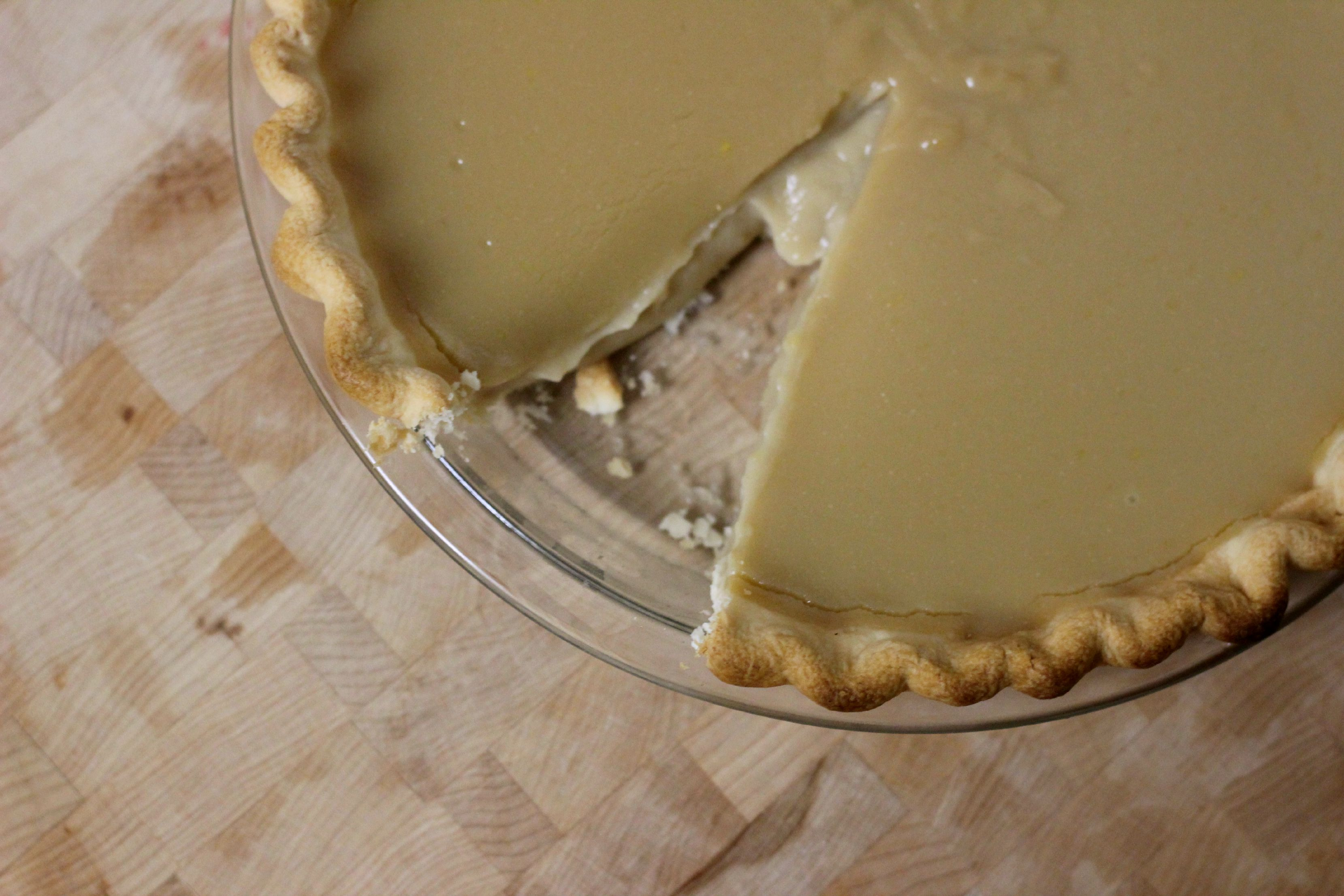 Old Fashioned Butterscotch Custard Pie