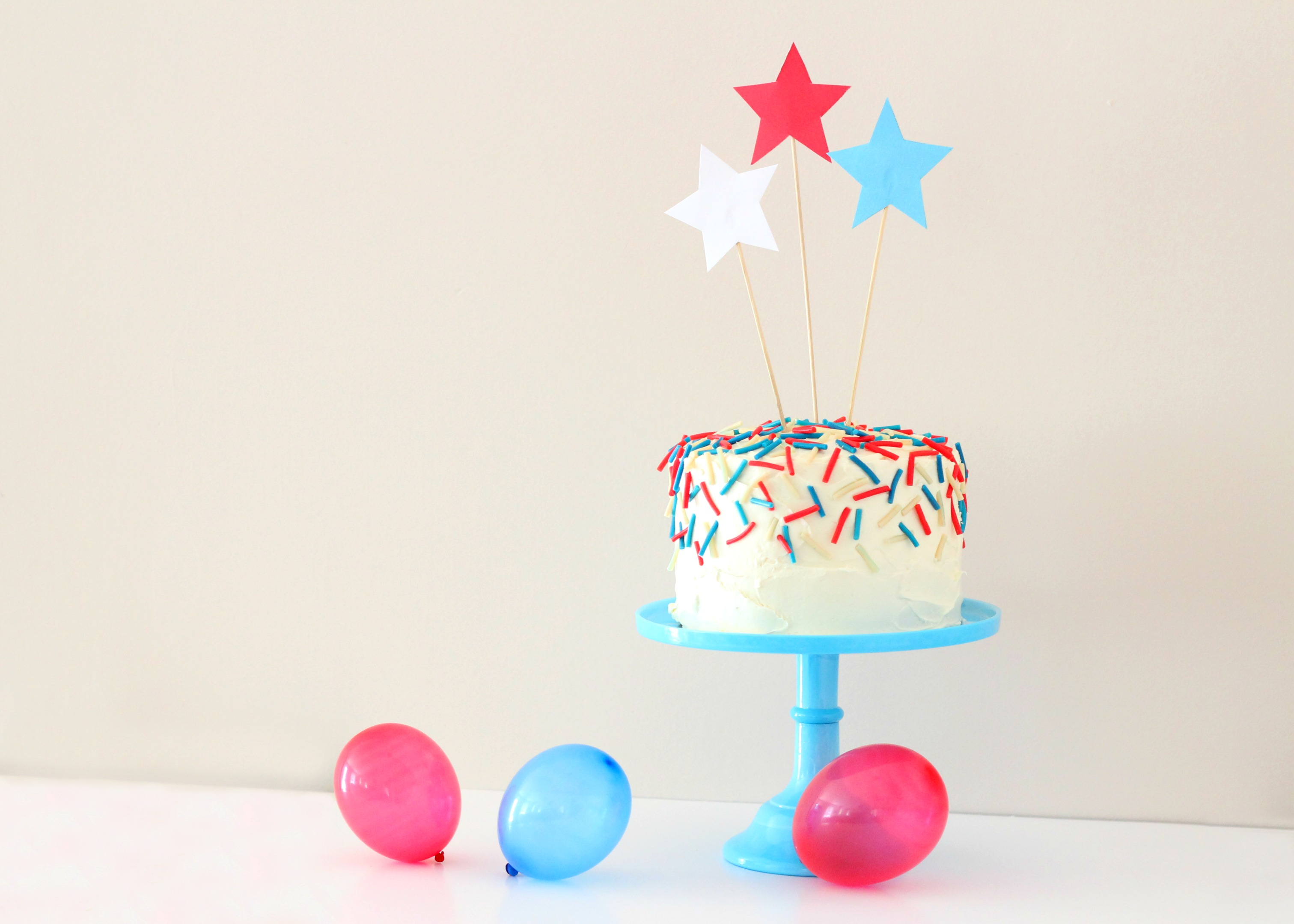 Easy 4th of July Confetti Cake