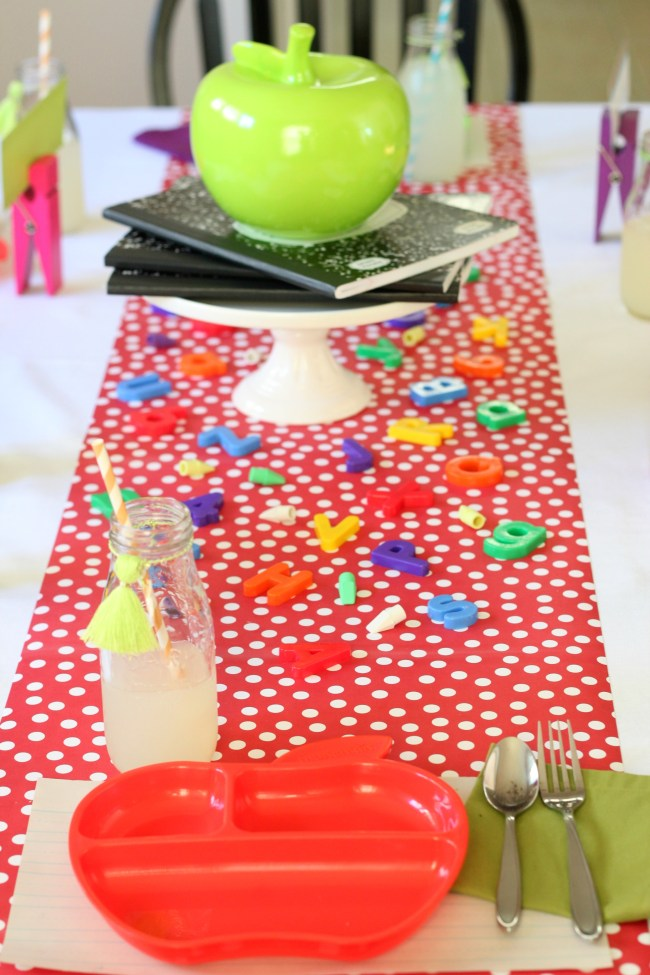 back-to-school-party-tablescape