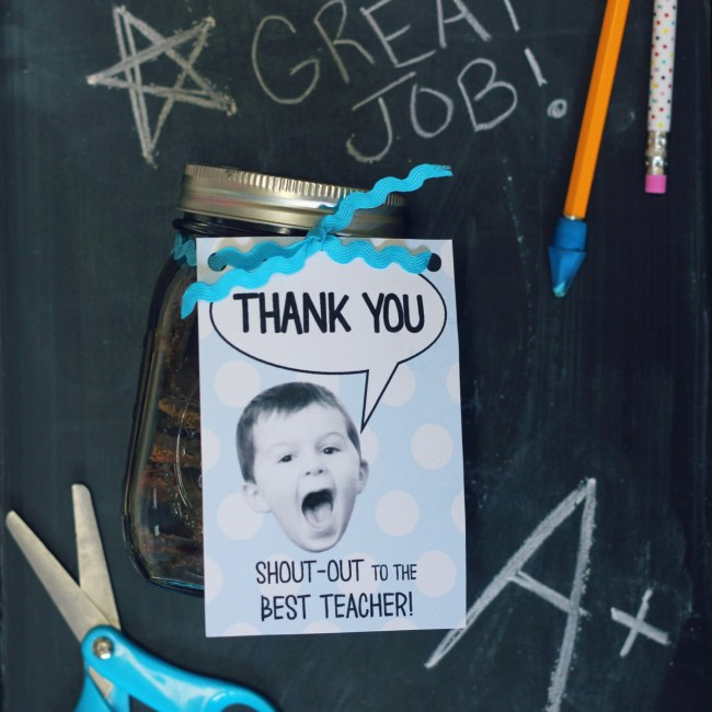 Teacher Appreciation Gift - Shout Out Thank You Card