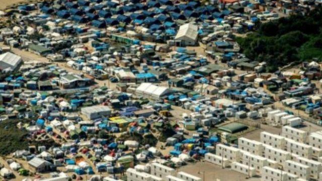 مخيم كاليه للاجئين والمهاجرين شمال فرنسا