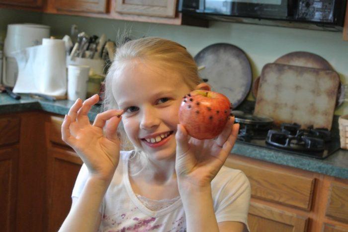 Clove Apple 002