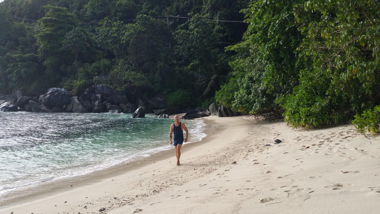 Irgendwo, während wir die Cap Ternay Road entlang gefahren sind, haben wir diese kleine Bucht entdeckt. Herrlich, oder?