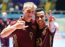 CALI, COLOMBIA - SEPTEMBER 24:  Sergy Abramov and Robinho of Russia celebrate at full time during the FIFA Futsal World Cup Quarter-Final match between Russia and Spain at the Coliseo el Pueblo Stadium on September 24, 2016 in Cali, Colombia. (Photo by Ian MacNicol - FIFA/FIFA via Getty Images)
