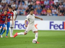 PLZEN, CZECH REPUBLIC - SEPTEMBER 15: AS ROMA player Diego Perotti scores a goal from the penalty spot during the UEFA Europa League match between FC Viktoria Plzen and AS Roma at Doosan Arena on September 15, 2016 in Plzen, .  (Photo by Luciano Rossi/AS Roma via Getty Images)
