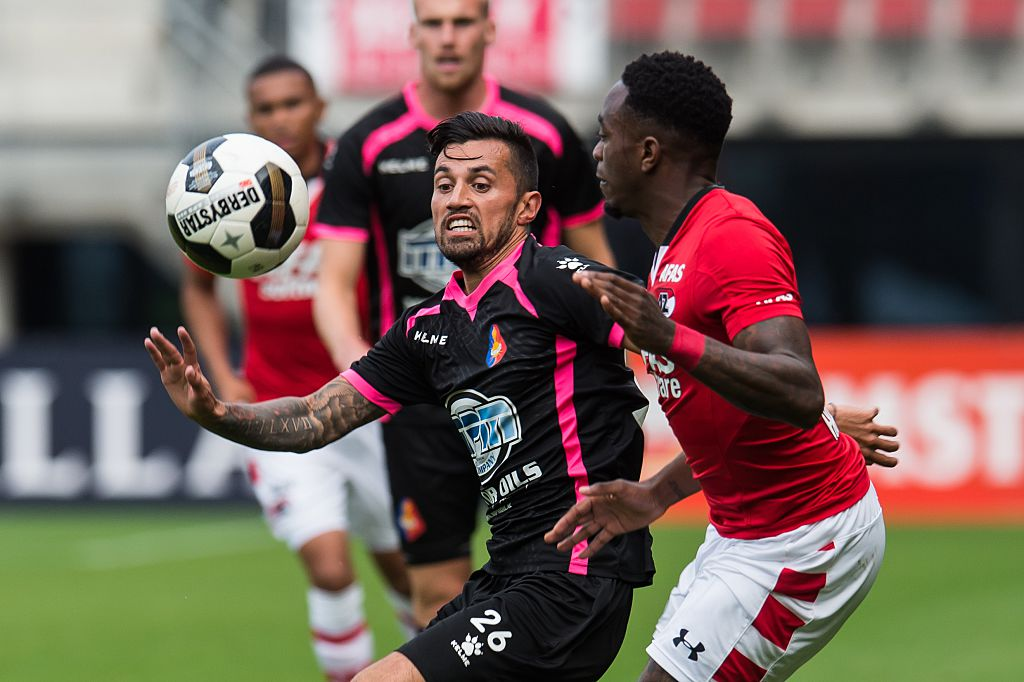 (L-R) Stefano Lilipaly of Telstar , Ridgeciano Haps of AZ Alkmaar during the friendly match between AZ and Telstar at the AFAS Trainingscomplex on july 16, 2016 in Alkmaar, the Netherlands(Photo by VI Images via Getty Images)