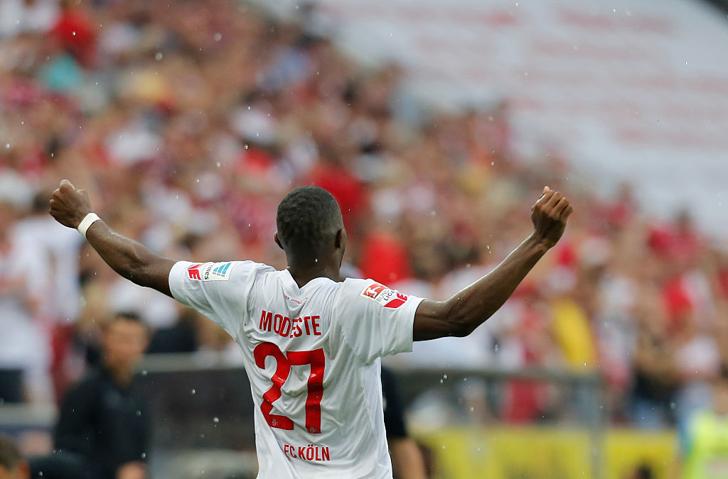 COLOGNE, GERMANY - AUGUST 27:  Anthony Modeste of Cologne celebrates after scoring during the Bundesliga match between 1. FC Koeln and SV Darmstadt 98 at RheinEnergieStadion on August 27, 2016 in Cologne, Germany.  (Photo by Juergen Schwarz/Bongarts/Getty Images)