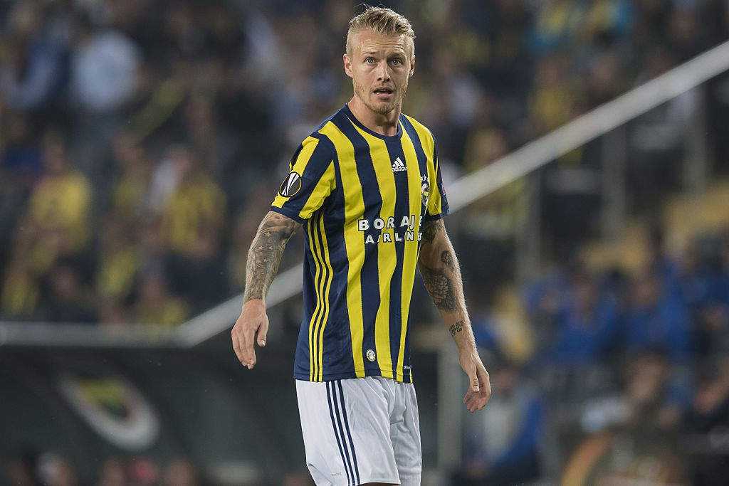 Simon Kjaer of Fenerbahce during the UEFA Europa Leaguegroup A match between Fenerbahce and Feyenoord Rotterdam on September 29, 2016 at the Sukru Saracoglu stadium in Istanbul, Turkey.(Photo by VI Images via Getty Images)