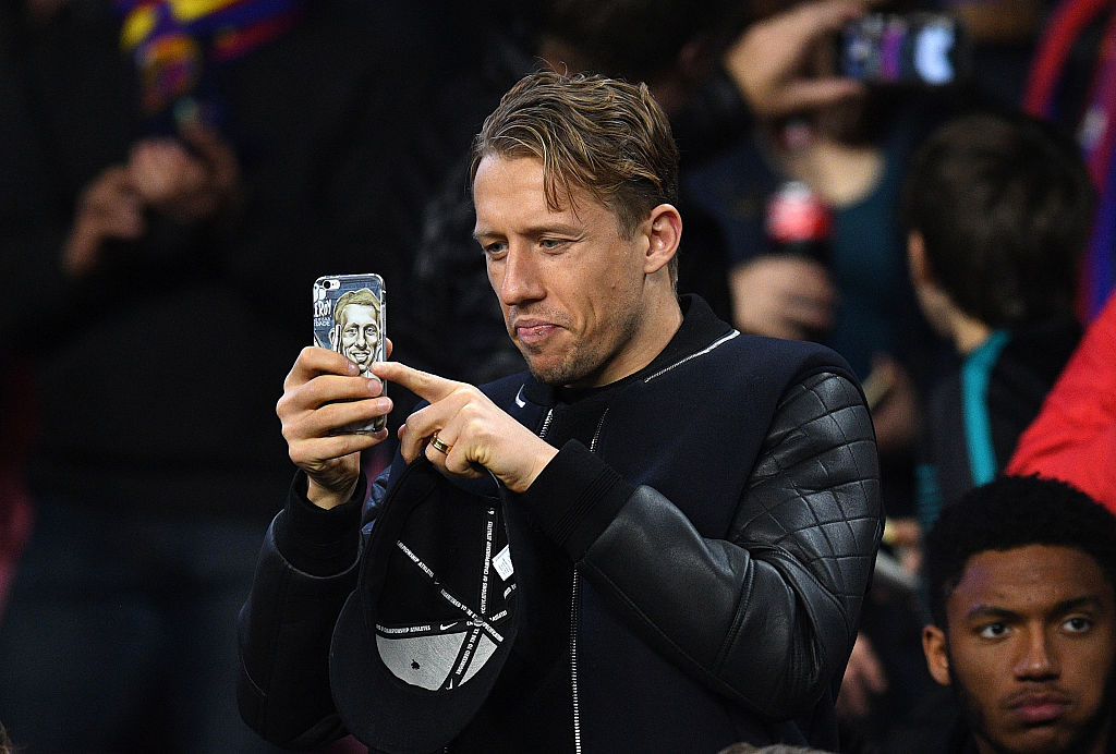BARCELONA, SPAIN - DECEMBER 06:  Lucas Leiva of Liverpool takes a photograph in the stands during the UEFA Champions League Group C match between FC Barcelona and VfL Borussia Moenchengladbach at Camp Nou on December 6, 2016 in Barcelona, .  (Photo by David Ramos/Getty Images)