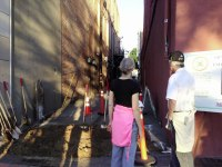 iecn photo/yazmin alvarez&lt;/p&gt;&lt;br /&gt;&lt;br /&gt;&lt;br /&gt;&lt;br /&gt;&lt;br /&gt;&lt;br /&gt;&lt;br /&gt;&lt;br /&gt;&lt;br /&gt;<br /> &lt;p&gt;Residents take a look at the alley way that will be converted into a park in downtown Redlands.